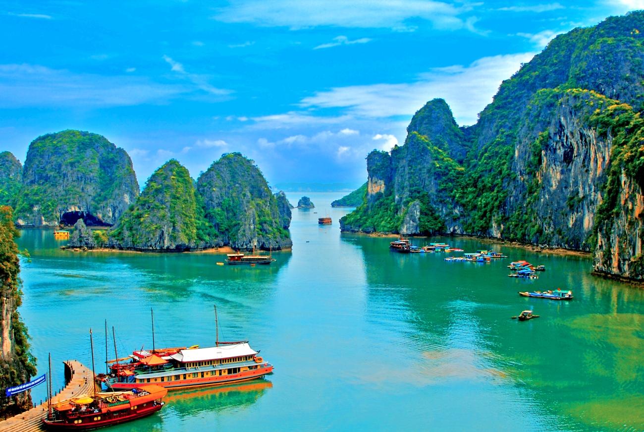 Купить горящий тур во Вьетнам Бухта Халонг