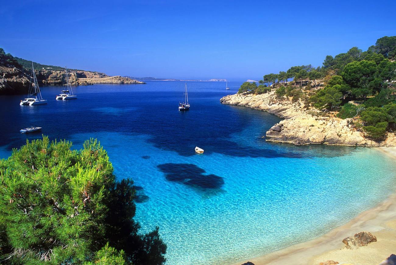 Купить горящий тур на Кипр в Испанию