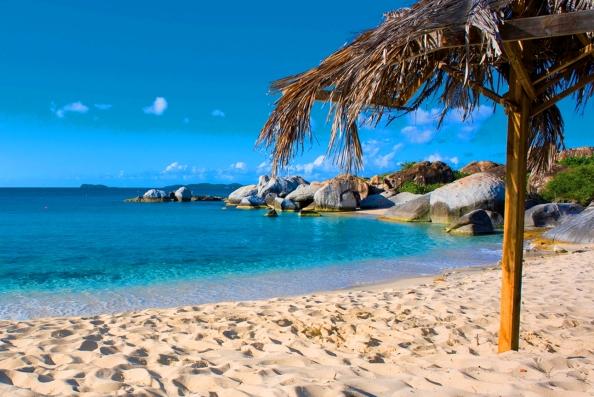 Песок на море