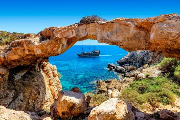 Каменная бухта на Кипре
